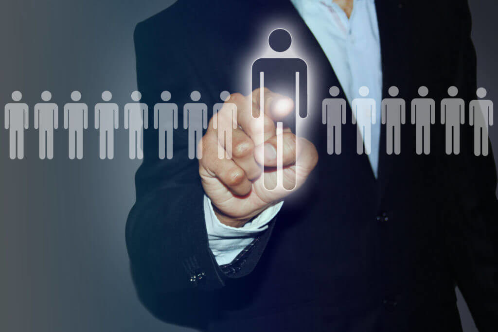 """Desnoyers ressources et conseils, spécialiste en recherche de cadres. """"Retainer"""" ou """"contingence"""" quel mode de rémunération du recruteur privilégier?"""