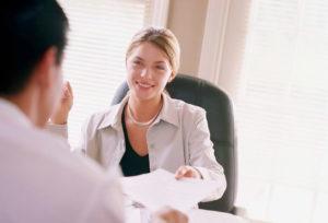 Desnoyers ressources et conseils, spécialiste en recherche de cadres. Est-ce plus facile de se trouver un nouveau poste quand on est déjà en emploi ?